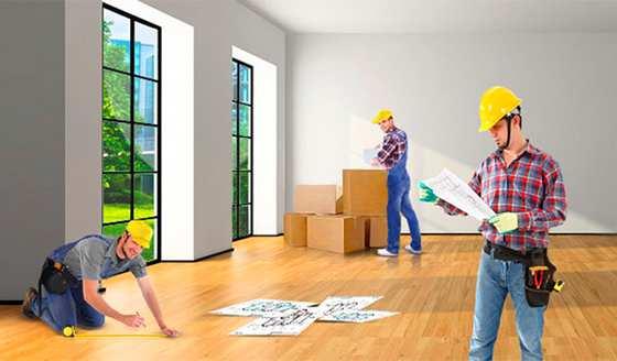 Бригада строителей для проведения перепланировки