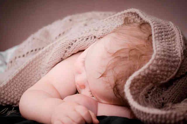 Какие выплаты за третьего ребёнка положены при рождении