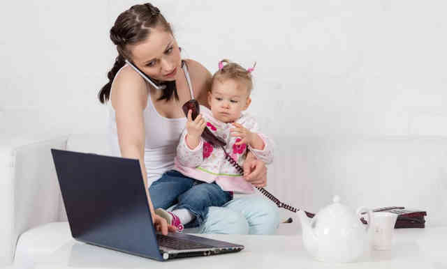 Работа на дому для мамы в декрете