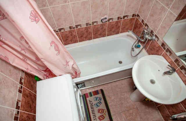 Ванная комната в современной отделке